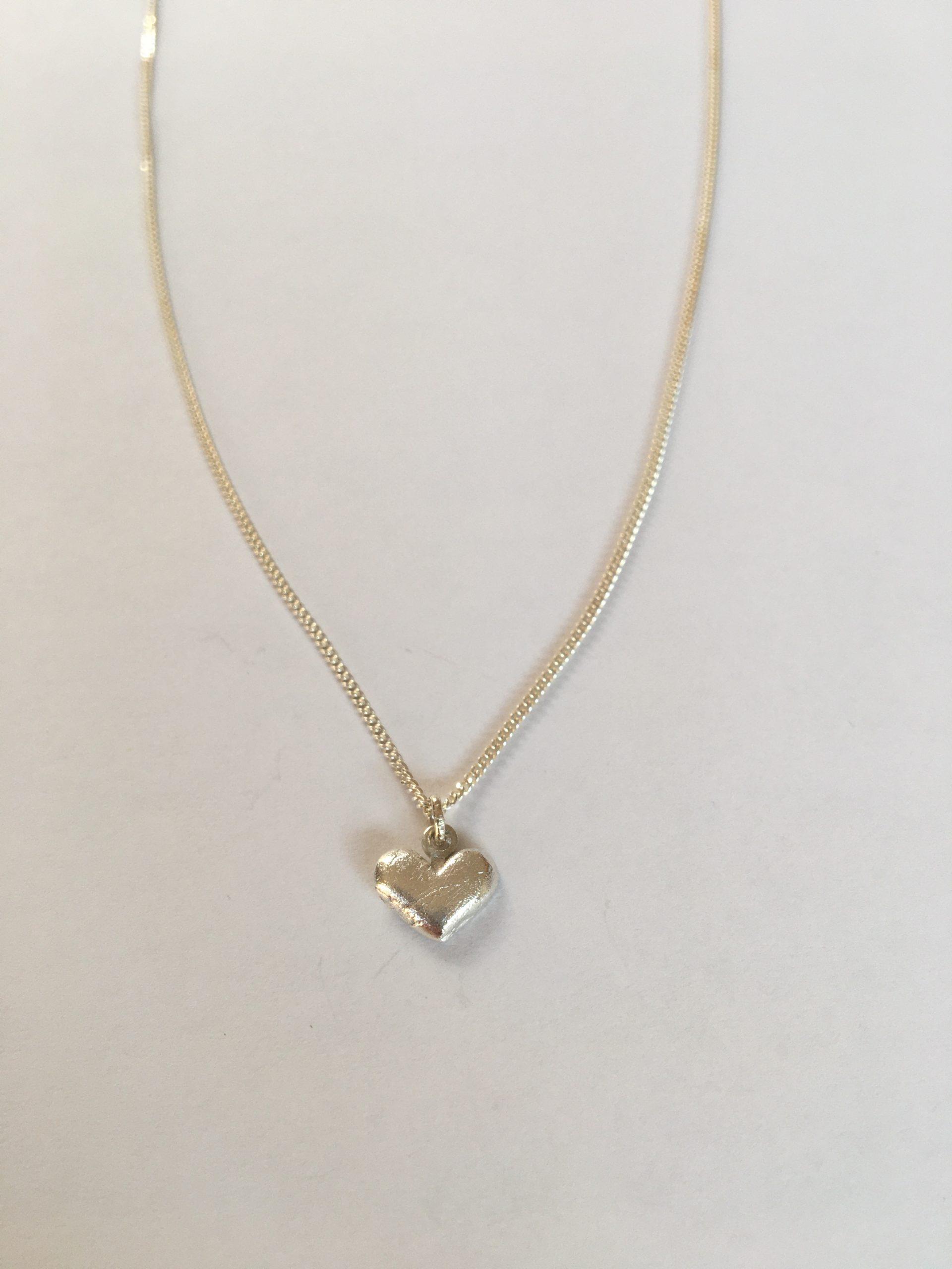 Verwonderlijk Zilveren ketting hartje NB-55
